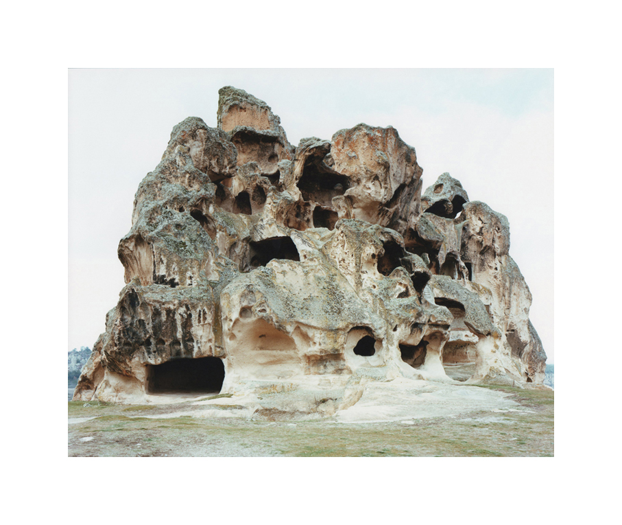 Domingo Milella, #0586. Phrygian Sanctuary, Turchia, 2011, cm 192x155 © Domingo Milella, courtesy Viasaterna
