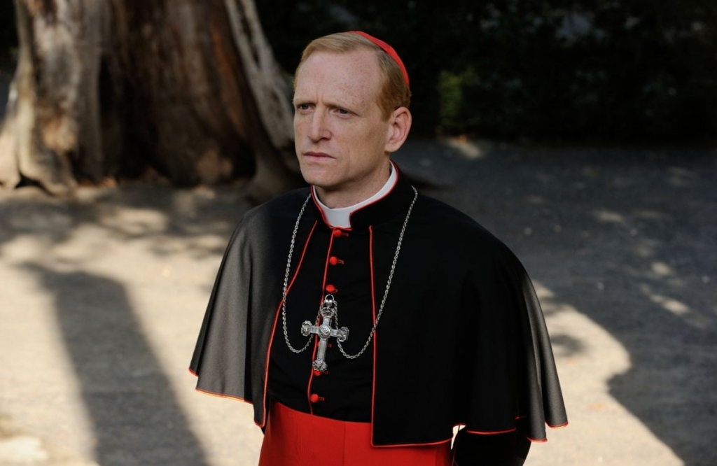 "Scott Shepherd in ""The young Pope"""